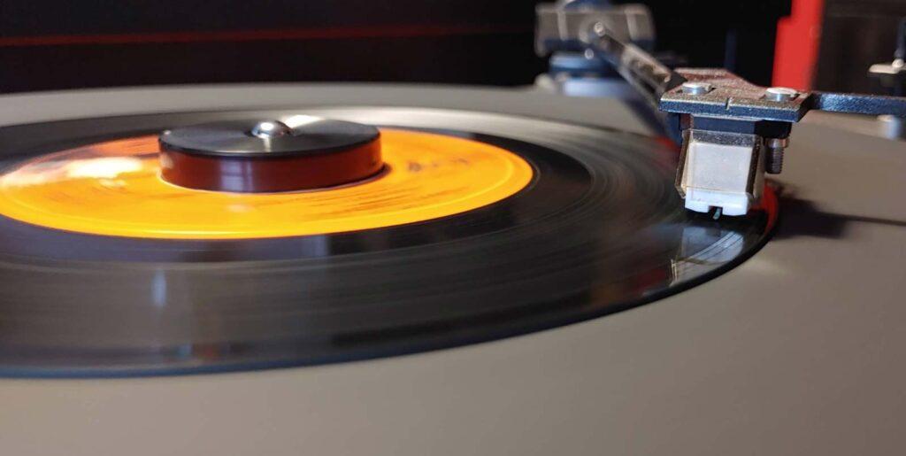 giradischi 45 giri record